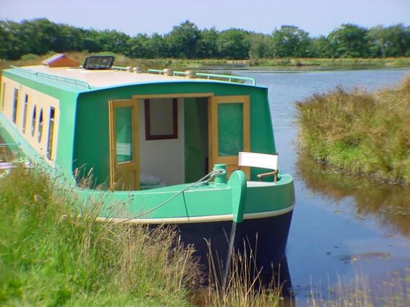 Houseboat in Devon