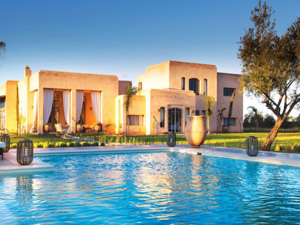 Luxury villa in Morocco with clay tennis court