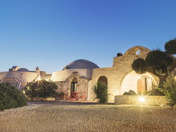 Trullo villa with pool in Puglia