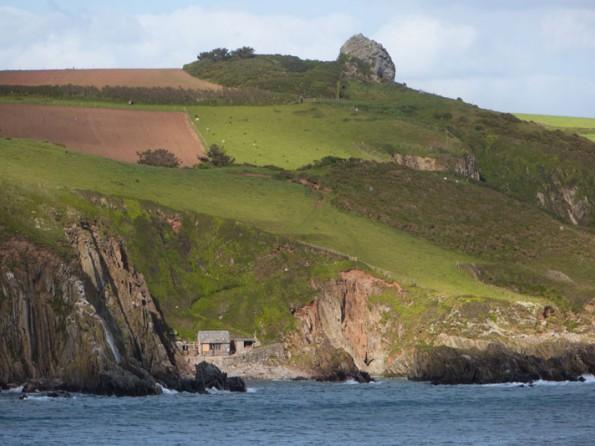 Luxury beach hut in Devon with private hot tub