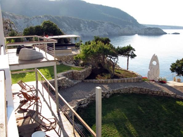 Luxury villa in Ibiza with hot tub