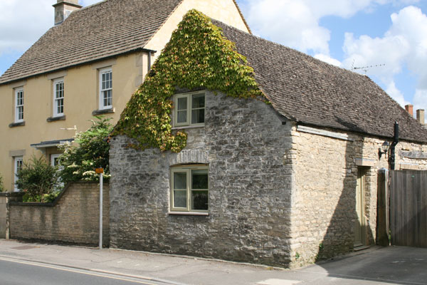 Wool Cottage in the Cotswolds